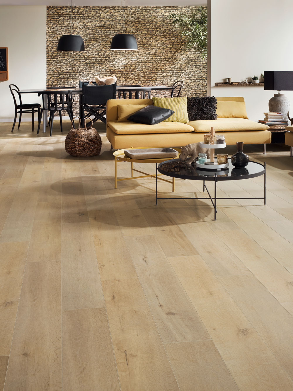Hayfield Oak Laminate Flooring Btw Baths Tiles Woodfloors