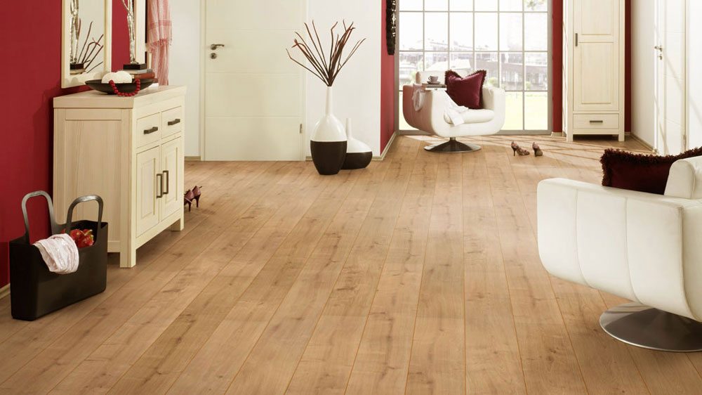 Original New England Oak Laminate Flooring Btw Baths